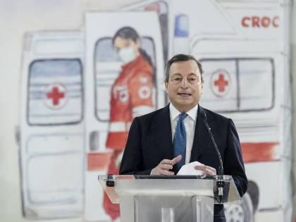 """Fuori programma per Mario Draghi: """"Perché dobbiamo sempre usare tutte queste parole inglesi"""""""