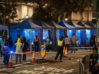 Vaccini ed effetti collaterali: a Hong Kong scoppia il caso