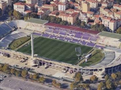 Cento milioni del Recovery Fund per ristrutturare lo stadio di Firenze. È giusto?