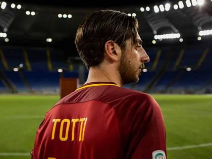 """La serie su Totti, """"Speravo de morì prima"""": una ventata d'aria fresca salvifica"""