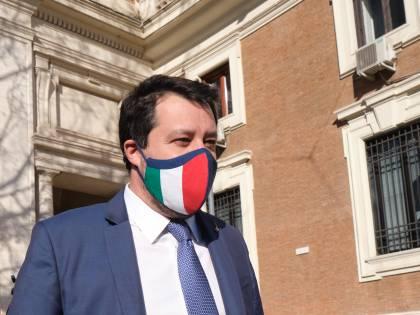 """Open Arms, le carte di Salvini: """"Seguita la linea del governo..."""""""