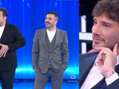 """""""Ah non è tuo il bimbo?"""": Pio e Amedeo gelano Stefano De Martino su Belen"""
