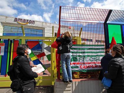 Primo sciopero Amazon. Spedizioni bloccate e gli italiani vanno in tilt