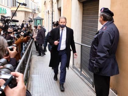 """Casaleggio spegne lo """"scudo"""": stop all'assistenza legale ai 5S"""
