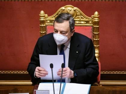 """Draghi ora striglia le Regioni: """"Alcune trascurano gli anziani"""""""