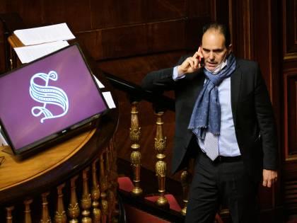 Così i senatori del Pd hanno calato il due di picche in faccia a Letta