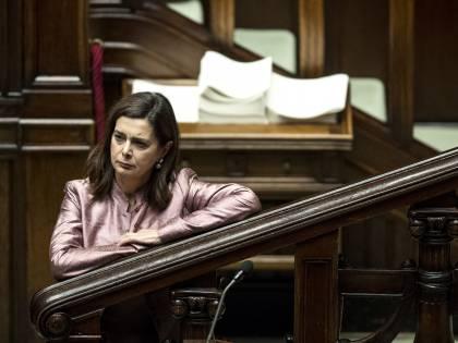 """Quel """"sì, signora"""" per la Boldrini. E Tridico dà il reddito ai migranti"""