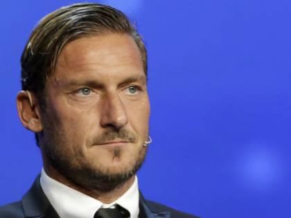 L'ultimo Totti non dribbla l'effetto parodia