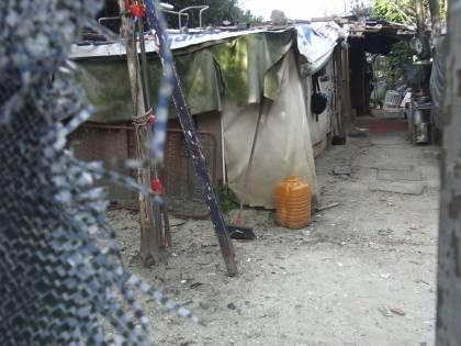 """Da oasi protetta a campo rom: """"Rischiamo pure aggressioni"""""""
