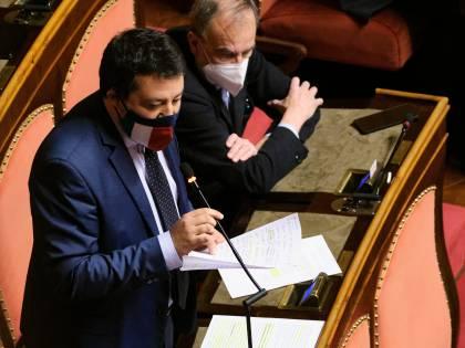 Draghi smina Salvini (ma sta con Speranza): ad aprile niente giallo