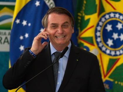 Bolsonaro caccia il ministro della Difesa. Lasciano (in polemica) i vertici militari