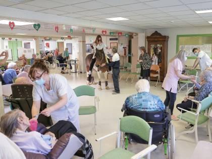 La fuga dalle case di riposo: gli ospiti già calati del 25%