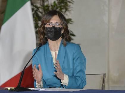 A Brescia due bombe No Vax. Gelmini: schieriamo l'esercito