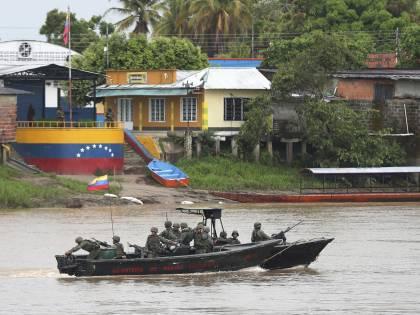 """""""Nuova guerra coi separatisti"""". Così il Venezuela rischia il caos"""
