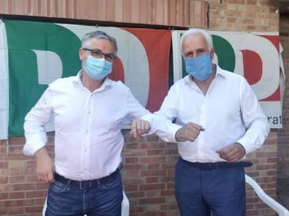 Toscana, l'assessore alla Sanità si salva ma sui vaccini viene commissariato