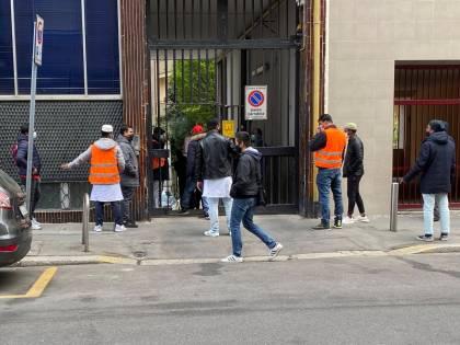 Moschea abusiva via Cavalcanti, Milano