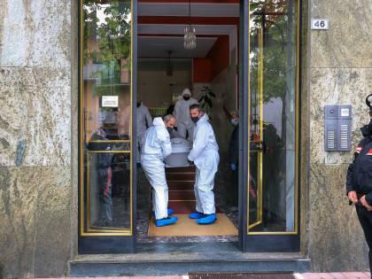Strage nel Torinese: ammazza moglie e figlio Poi la furia sui vicini di casa