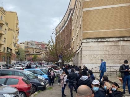 Peruviani al voto in Italia