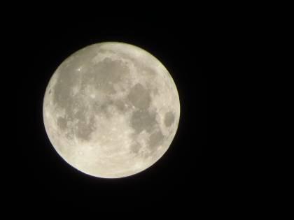 Tra storia e leggende, tutto quello che non sapevi sulla Luna