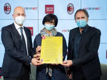 """Stop alle """"parole ostili"""" nello sport, il Milan firma il Manifesto"""