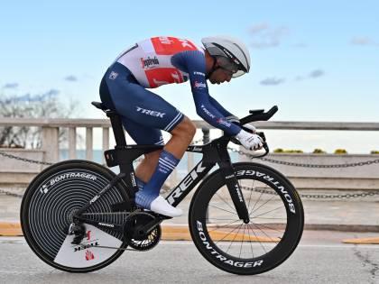 """Il Giro d'Italia di Nibali finisce in una buca. """"Io non mi arrendo..."""""""