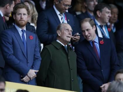 William e Harry separati al funerale di Filippo. Non sarà come per Diana