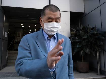 A Hong Kong democrazia alla sbarra: un anno di galera all'editore ribelle