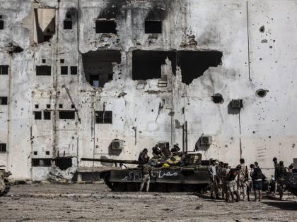Armi e uomini verso la Libia: così il conflitto più riesplodere