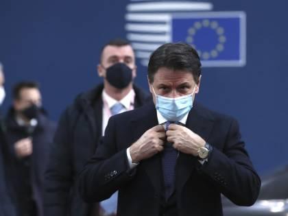 """Vincono Raggi e Di Maio: """"È già un Conte dimezzato"""""""