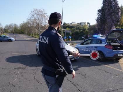 """""""Sono stagista a Palazzo Chigi"""", ma non serve a evitare la multa"""