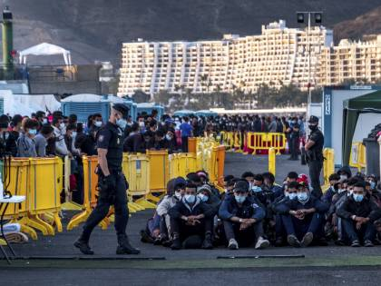 Migranti, un nuovo piano per l'Ue: cosa può cambiare