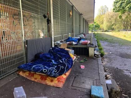 """Milano, ex mercato ancora occupato: """"Pd responsabile del degrado"""""""