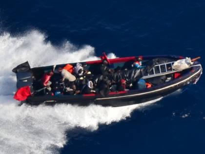 """""""Sventato un nuovo attacco"""". In azione gli uomini della Marina"""
