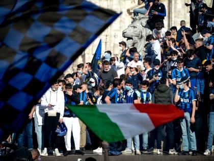 Inter, i festeggiamenti in Piazza Duomo