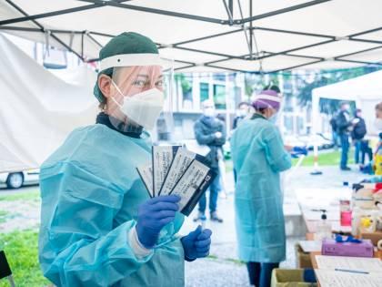 Le vittime di Covid scendono a due: 66 nuovi contagi a Milano e provincia