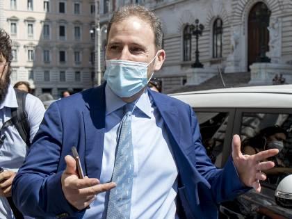 Scacco matto a Conte: perché ha vinto Casaleggio