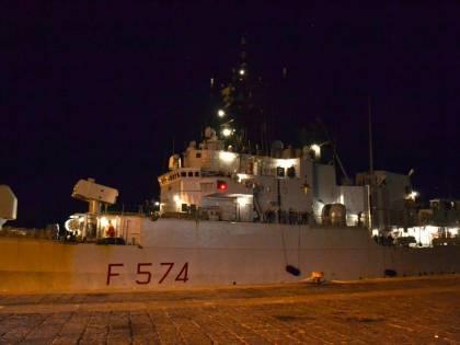 Guardia costiera libica spara contro peschereccio: ferito comandante