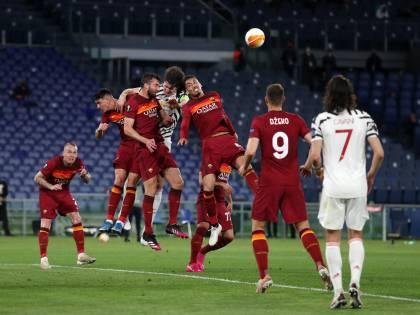La Roma gioca con orgoglio ma non riesce nell'impresa: in finale va lo United