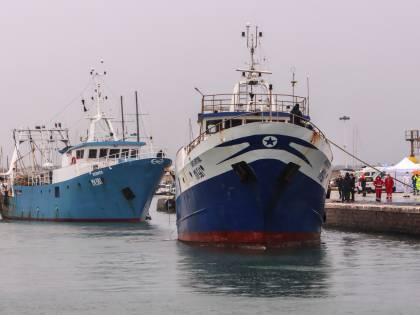 """Spari contro i pescatori italiani? """"Ecco qual è l'unica soluzione"""""""