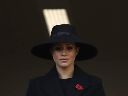 Meghan Markle fatta fuori da foto e video della royal family