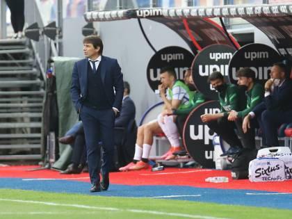 Una bomba di mercato spaventa l'Inter: ecco dove può finire Conte