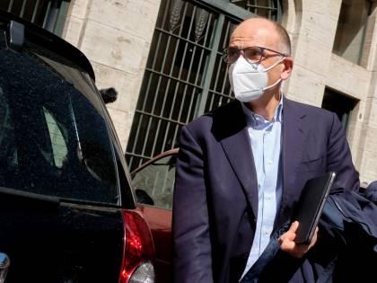 """""""Se fosse lui a uscire..."""". Così Letta prepara la guerra a Salvini"""