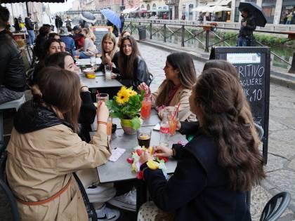Coprifuoco, feste, ristoranti: tutte le novità del decreto