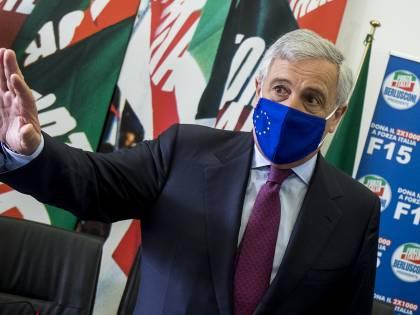Forza Italia si riorganizza. Al via stagione dei congressi