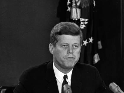 Spuntano le lettere di Kennedy all'amante