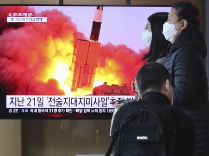 """Biden """"copia"""" Trump per risolvere il risiko Nordcoreano"""