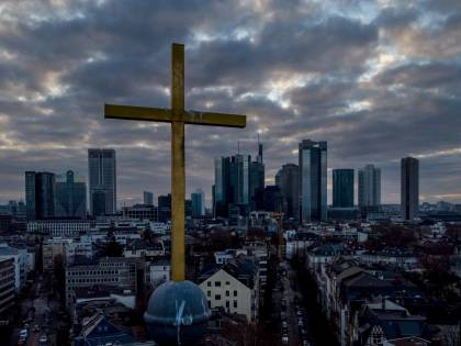 La Germania sfida la Chiesa: cosa nasconde la svolta
