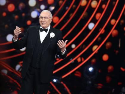 Pippo Baudo spiega l'Abc della tv a chi ulula senza sapere