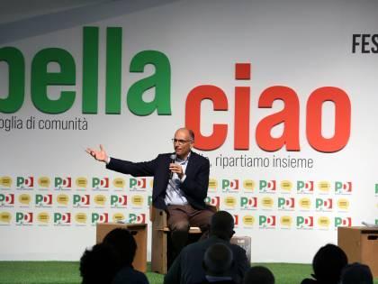 """""""Lega retrograda"""". Letta insulta e rilancia il ddl Zan"""