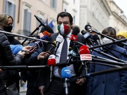 """""""A bordo due scafisti..."""": il dossier che smonta il caso Gregoretti"""